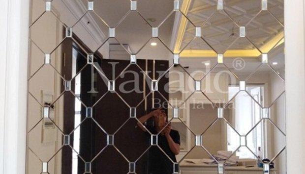 Xu hướng lựa chọn gương ghép decor trong cửa hàng hiện nay