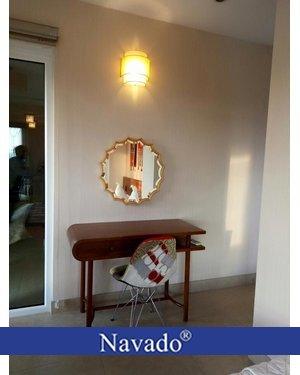 Gương trang điểm treo tường Natasa