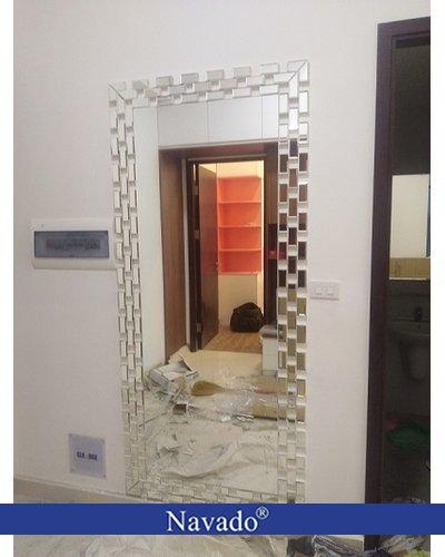 Gương soi toàn thân phòng khách decor