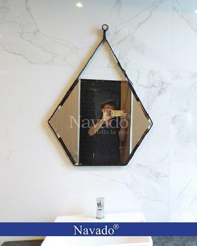 Gương phòng tắm lục giác dây da đen
