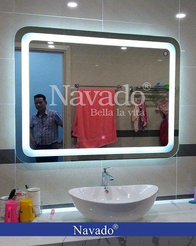 Gương Bỉ phòng tắm đèn Led bo góc