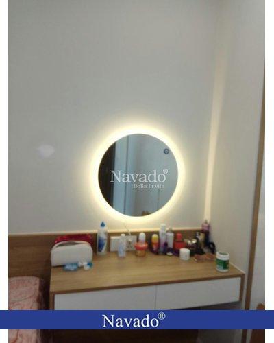 Gương bàn trang điểm đèn Led treo tường