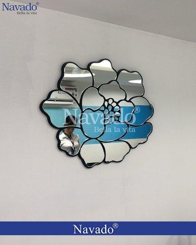 Gương treo tường phòng khách Hoa Hồng Rose