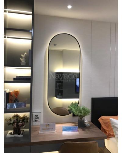 Gương trang điểm khung thép mạ có đèn led