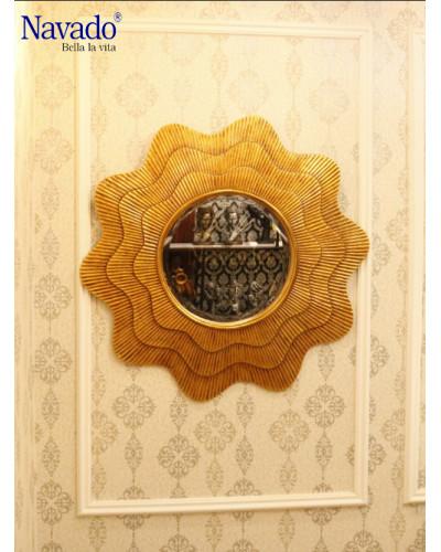 Gương treo decor tân cổ điển phòng khách Hestia