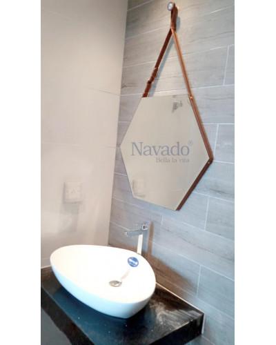 Gương lục giác dây da cao cấp phòng tắm 70cm